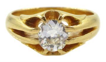 Early 20th century gold old cut single stone diamond ring