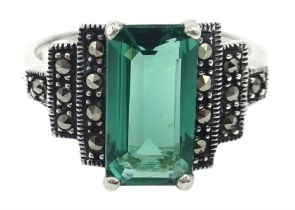 Silver green stone and marcasite stepped design ring