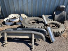 Mixed lot of Land Rover Defender Parts