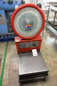 Avery 3303 COB floor standing scale, serial no. S-733317, max 50kg