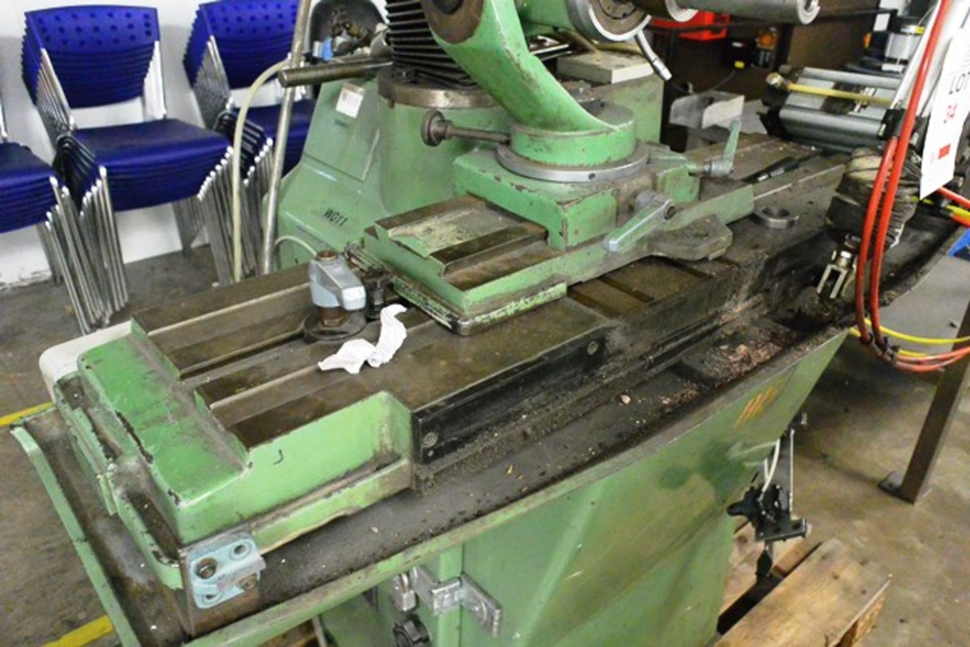 Zuber horizontal surface grinder, machine no. 06013, approx table dimension 900 x 270mm - Image 3 of 7