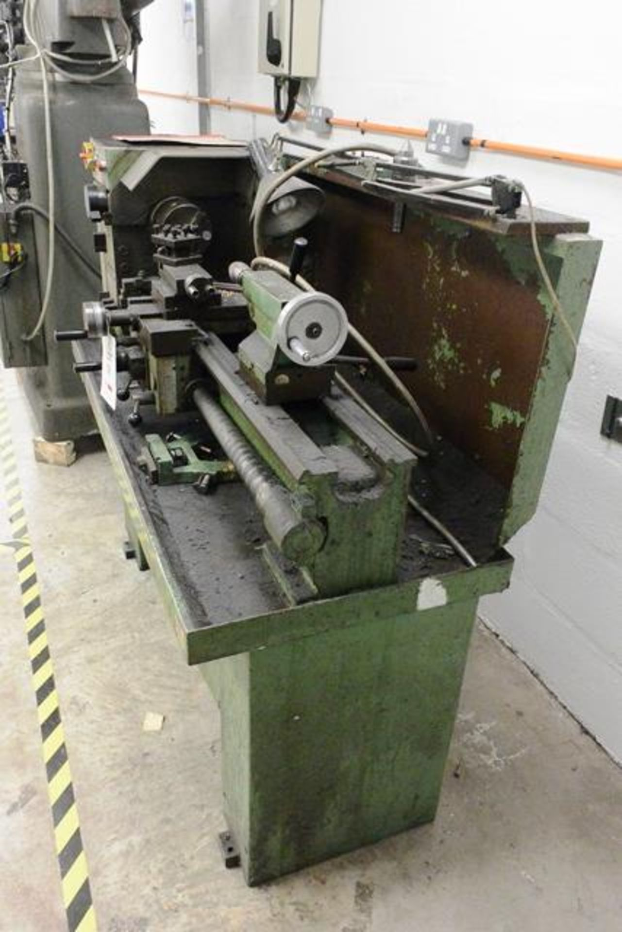 Boxford Industrial 11.30, centre lathe, model: Engineer, distance between centres 770mm, 3 jaw chuck - Image 4 of 4