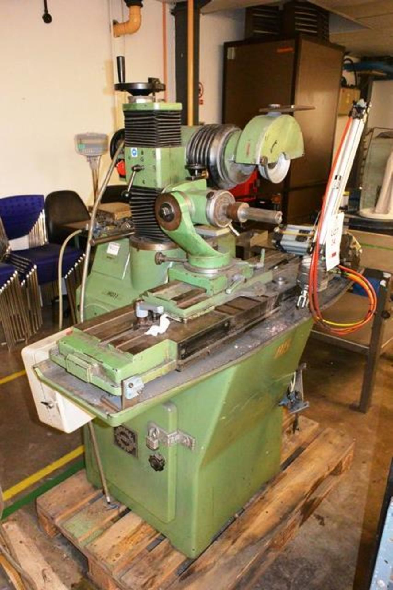 Zuber horizontal surface grinder, machine no. 06013, approx table dimension 900 x 270mm