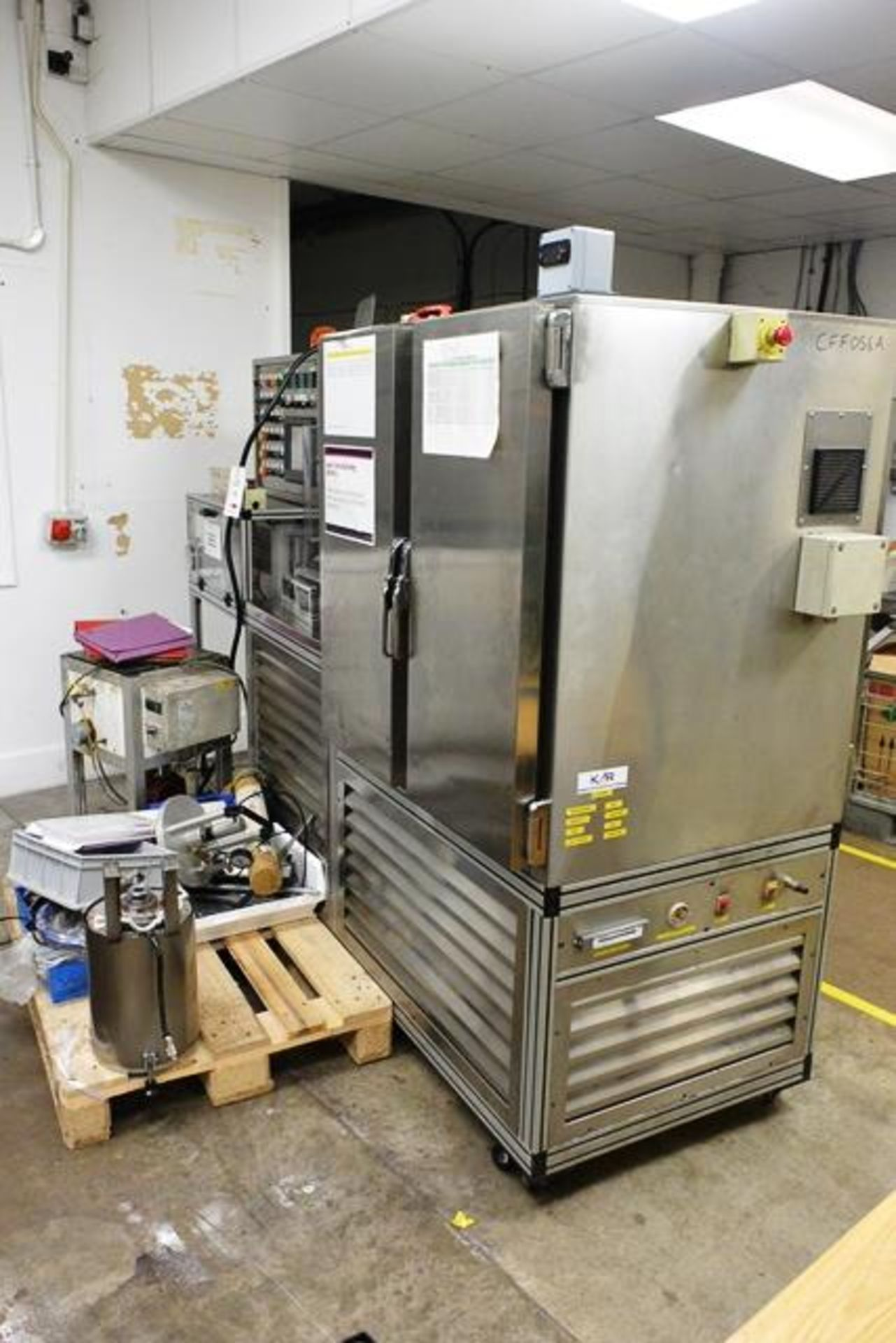 Yo-Hau stainless steel filling machine, type L85ND3, with mould preheat and 4-door/twin side chiller - Image 7 of 9