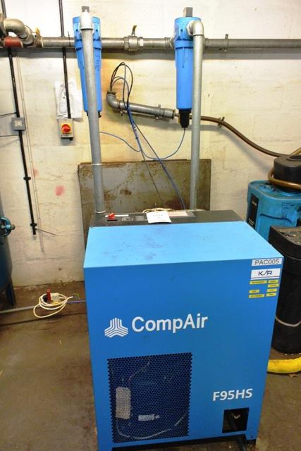 Compair F95HS air dryer, serial no. 39846221001 (2013), refrigerant R407c, (240v), with two - Image 2 of 3