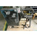 Steel frame unbadged horizontal bandsaw, 240v (NB: this item has no CE marking. The Purchaser is