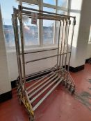 5 - Mobile clothes rail, with adjustable height centre bar