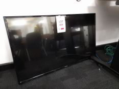 """Panasonic TX-43D302B LED 43"""" television"""