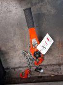 Nitchi RB-40A 1.5-ton chain hoist, Serial no. 9908052. NB: This item has no record of Thorough