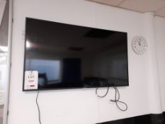 "Samsung 48"" Smart television"