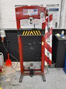 Sealey YK30fm press, 30-ton capacity