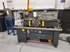 "Colchester Bantam 2000 lathe, Machine no. 3/0021/00204, swing 7"", 25"" between centres"