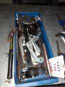 Three leg puller, two leg puller and accessories etc., as lotted