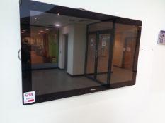 """Flatvision circa 32"""" LCD monitor"""