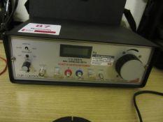 CMR Controls manometer, type CAL 95, serial no. 28278
