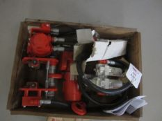 Red Rooster air hoist and trolley; include Red Rooster TCR-500-AT25 trolley, 250kg capacity,
