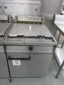 Unbadged electric stainless steel twin basket deep fat fryer, 600mm x 800mm x H950mm - Disconnection