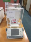 Mettler Toledo AX204 analytical scales, s/n: 1119512861, max. 220g d=0.1mg