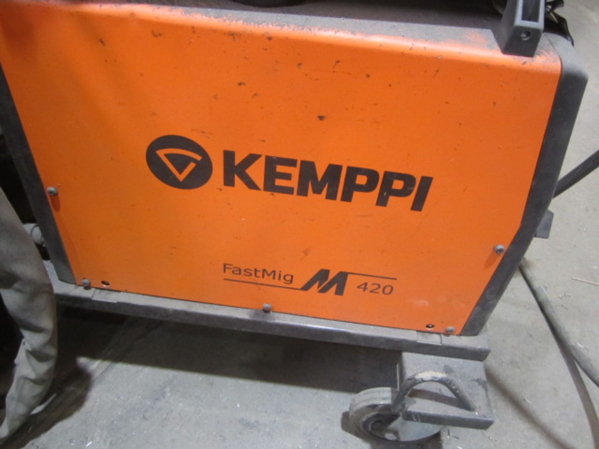 Kemppi Fast Mig M420 mig welder, serial no. 2674258, with Fast Mig MXF65 wire feeder, serial no. - Image 6 of 8