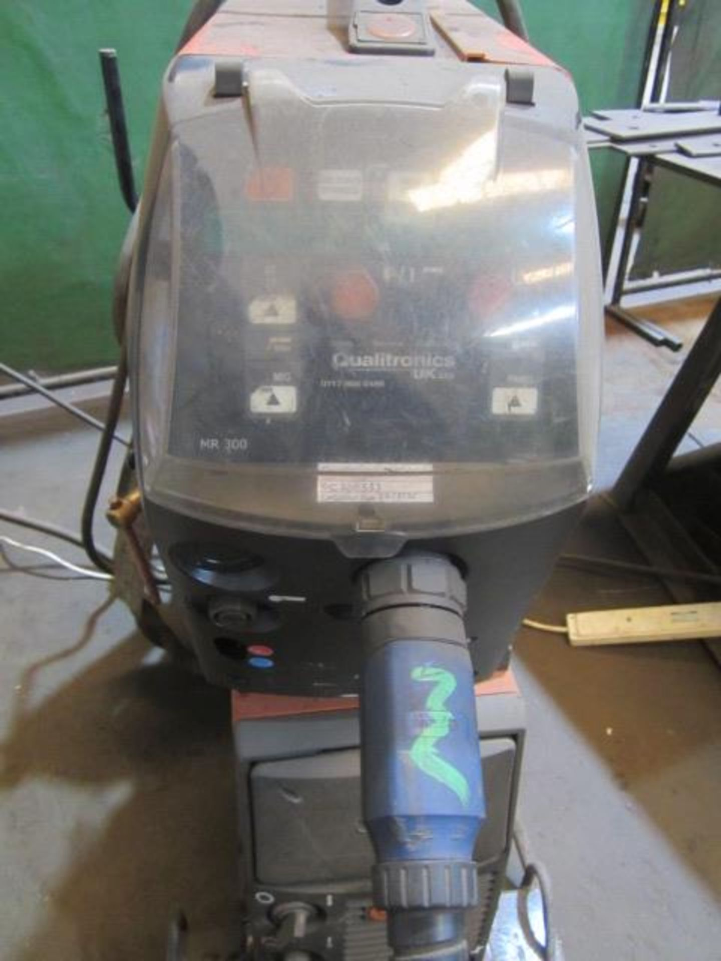 Kemppi Fast Mig M420 mig welder, serial no. 2674278, with Fast Mig MXF65 wire feeder, serial no. - Image 3 of 7