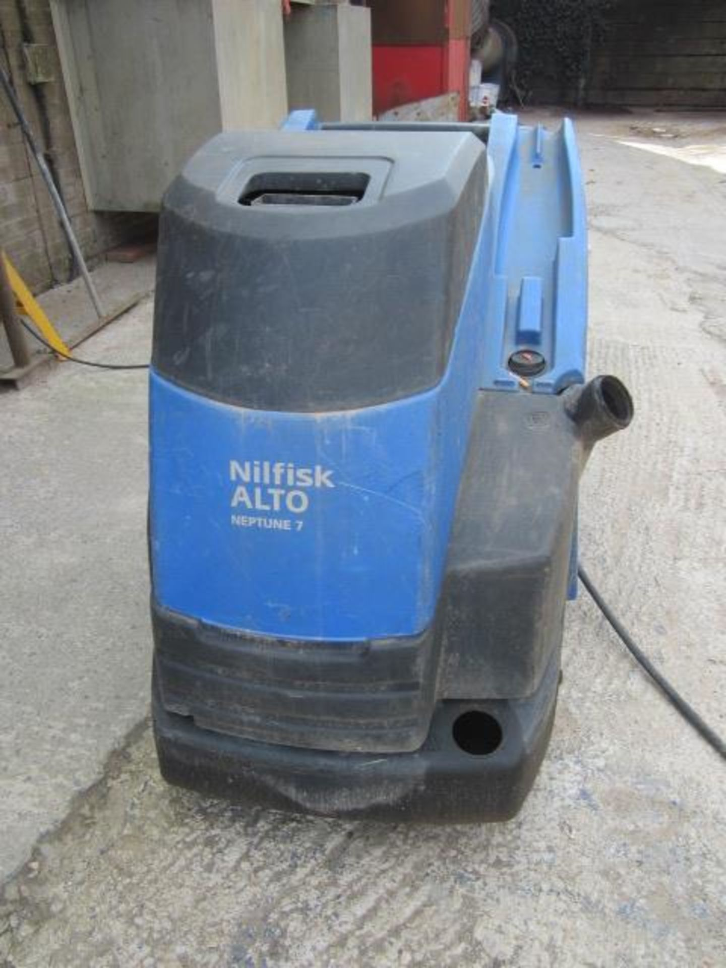 Nilfisk Alto Neptune 7 mobile steam cleaner with hose and lance - Image 2 of 5