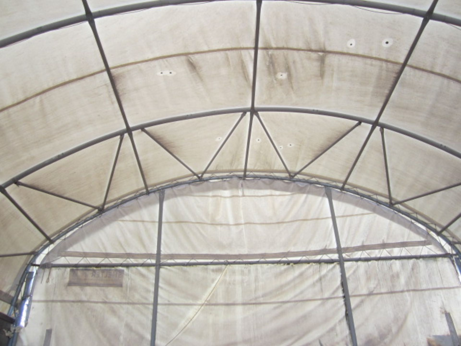 Shelter - IT portable industrial canopy, tubular frame, approx. 40ft length x 22ft width x 20ft - Image 4 of 6