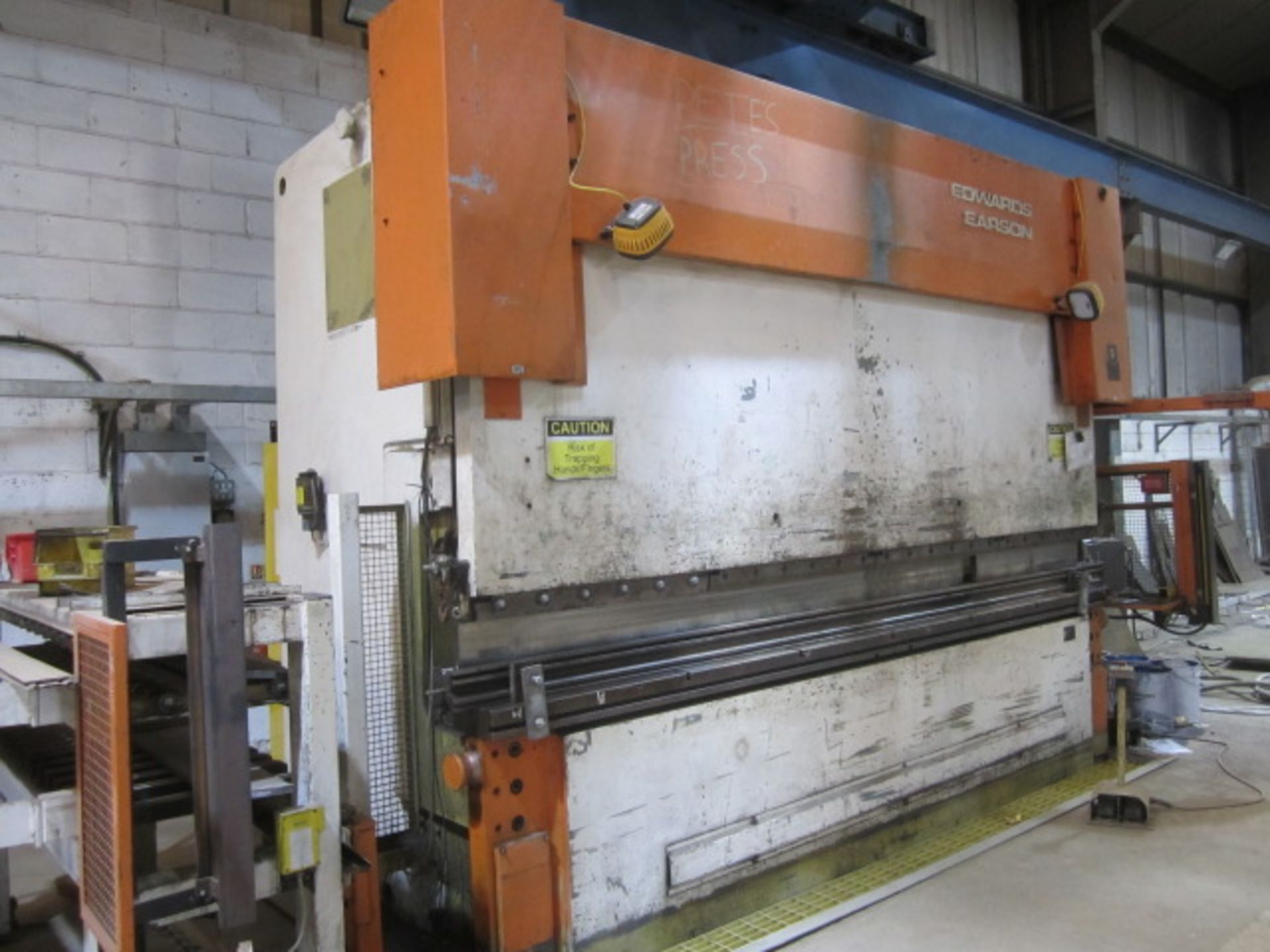 Edward Pearson 300 ton x 4100mm hydraulic downstroking press brake, model RT 300 x 4100, serial - Image 10 of 10