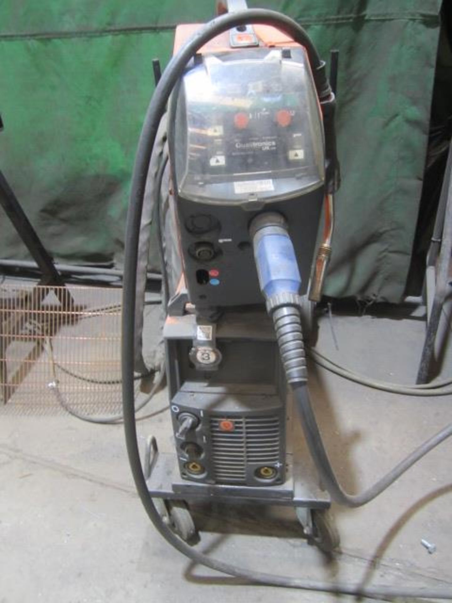 Kemppi Fast Mig M420 mig welder, serial no. 2674258, with Fast Mig MXF65 wire feeder, serial no. - Image 3 of 8
