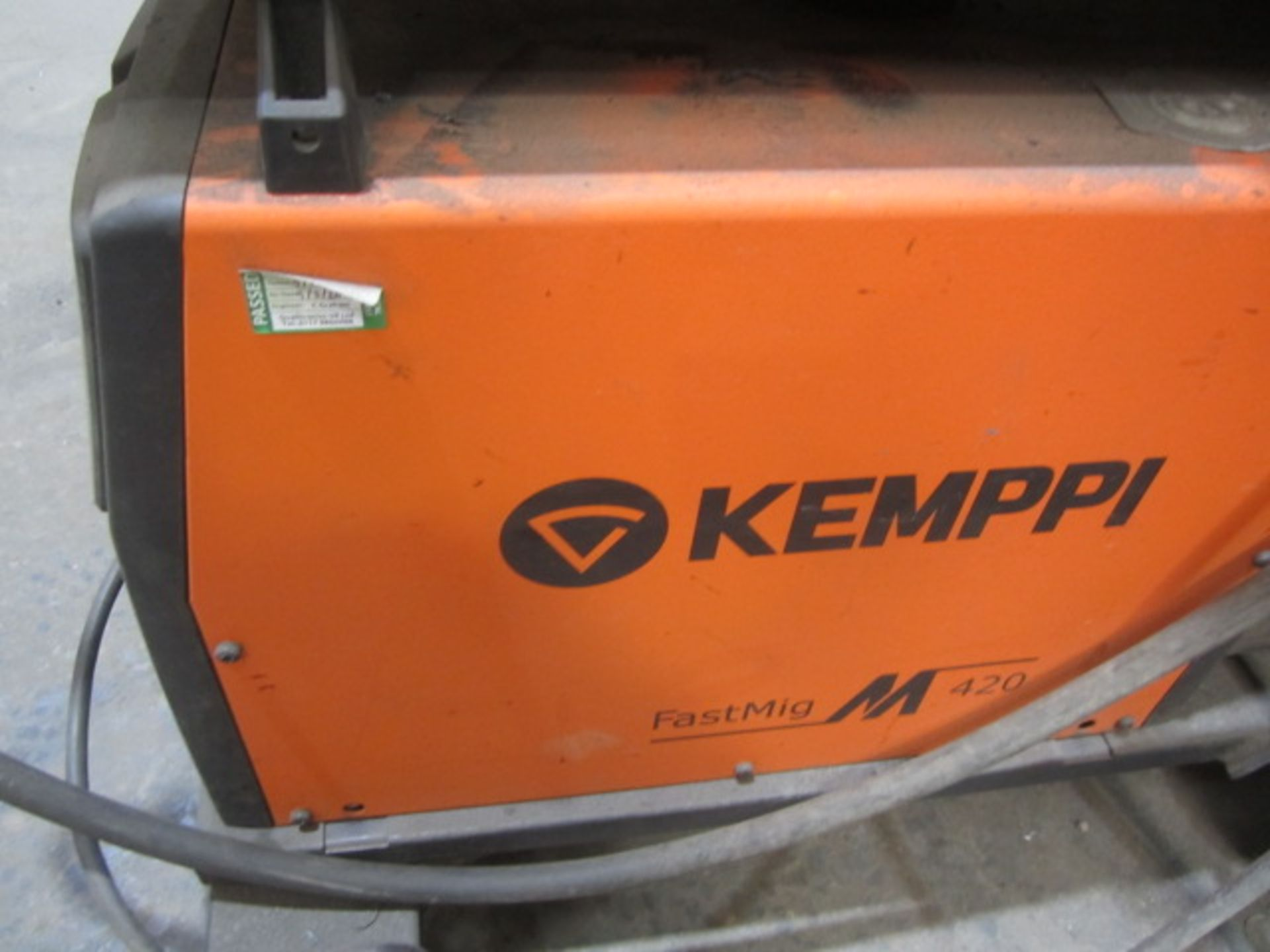 Kemppi Fast Mig M420 mig welder, serial no. 2694679, with Fast Mig MXF65 wire feeder, serial no. - Image 5 of 7