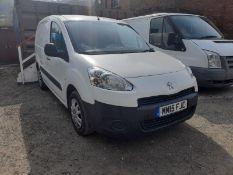 Peugeot Partner LI diesel 850 1.6 HDi 92 Professional van.Registration no. MM15 FJC. Date of