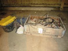 Miscellaneous lot including assorted rams, reeled extension leads, 240v, jump leads, ladder M8 etc.