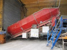 Seed potato sizing, grading and cleaning line including - Miedema type SB55 mobile receiving hopper,
