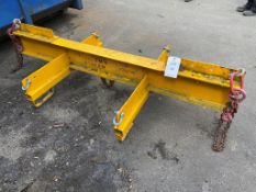 Crane attachment lifting beam with hook and side members. Max SWL 2750kg. Please note: This lot has