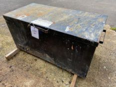 Steel site box (no key) 125cm x 65cm x 60cm, lid does not open
