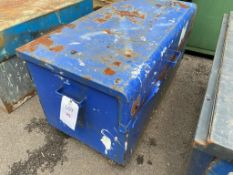 Steel site box on wheels (no key) 125cm x 65cm x 60cm, lid does not open