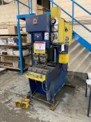 Amada SPH-30C 30 ton hydraulic downstroke press brake. Capacity 30 ton, Y.O.M 1985, s/n 309057, with