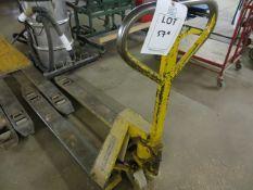 Coolie 2 ton long fork pallet truck