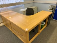 Wooden L shaped Desk 200cm x 230cm x 60cm x 75cm c/w office chair and 3 drawer pedestal