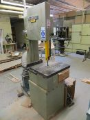 Startrite band saw 352 415v Serial No. 125755 (3 Phase) c/w APTC single bag dust extractor