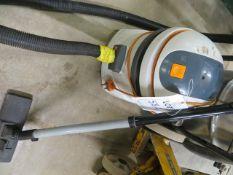 1200w vacuum cleaner