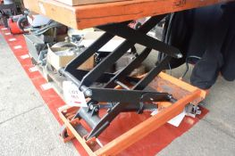 Hydraulic scissor lift platform trolley, 900 x 500mm (Recommended collection period for this lot