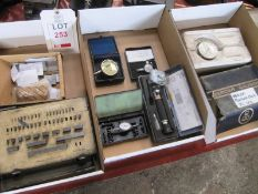 Contents of three boxes to incl. imperial slip gauge set (completeness unknown), various gauges,