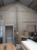Aluminium double extension ladder, 17 tread