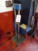 Tecalemit DE7188-9 headlight beam tester with rails