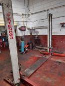Stenhoj Mascot type 000611 2,500kg 2-post vehicle lift Serial no. 299B0224 (1999) (A Risk Assessment