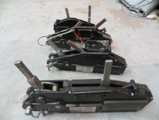 Contents of three shelves to include four Liftin Gear Turfers 3200Kg x1, 1600Kg x2, 800Kg x1,