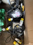 Approx. 16 Draper 110v site lamps and Scheider power supply *This lot is located at Gibbard