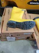 Two pairs of Respirex Workmaster Specialist Dielectric Protective Footwear size 7 (Boxed)