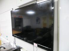 "LG 43"" Flat Screen Television & Purple Tempus-1XT Dab Radio* This lot is located at Unit 15, Horizon"