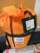 Nordic 3-season endurance-berny blue 195L tent * This lot is located at Unit 15, Horizon Business